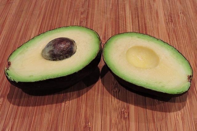 avocado-1192846_640_01