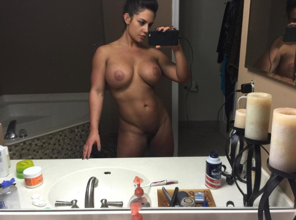 домашние фотки и видео женщин попавшие в сеть смотреть видео галереи заняться приятным сексом