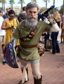 best-cosplay-san-diego-comic-con-2017-66-59785400e642d__700