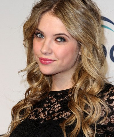 Ashley Benson Short Wavy Hairstyles