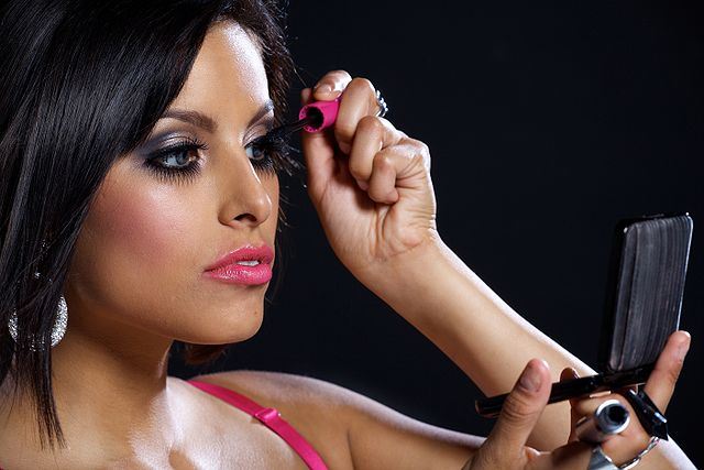 Makeup tips for new year party 2013