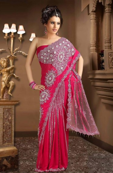 beautiful-pink-saree-for-girls