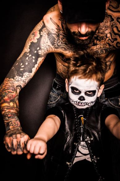 men-and-kid-showing-tattoo