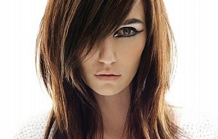 Hairstyles For Round Face