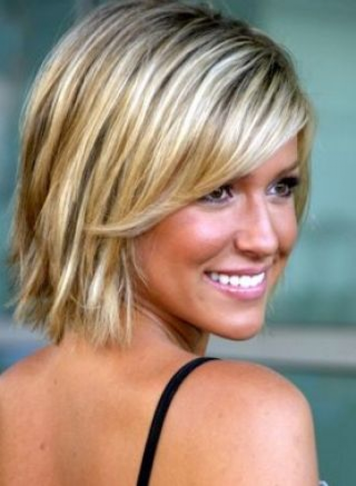 Medium Length Hairstyles For Fine Hair 13 - Inkcloth