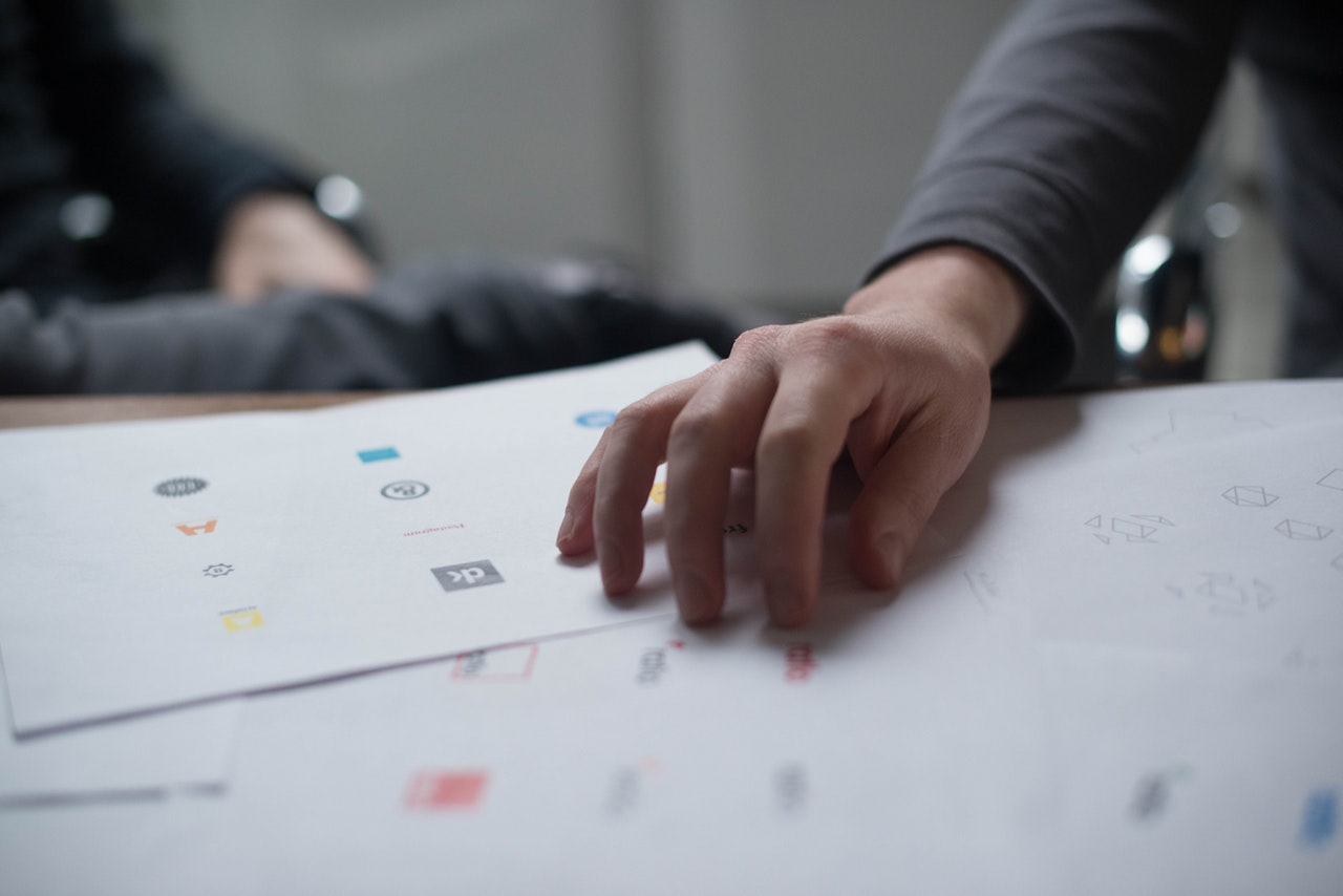 How to hire a Logo Designer for your business