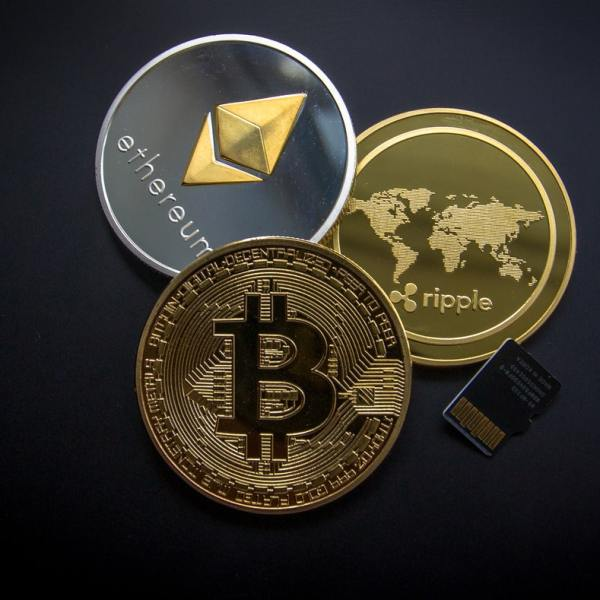 3 Payment Gateways for Crypto Currencies