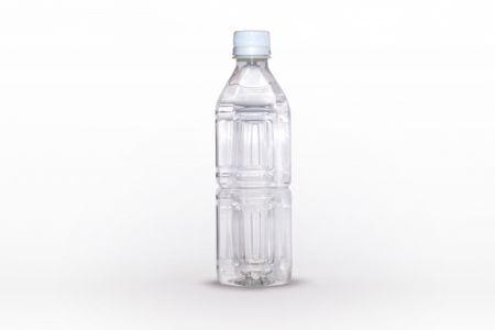 ペットボトルにお湯を入れて即席の湯たんぽとして保温対策に