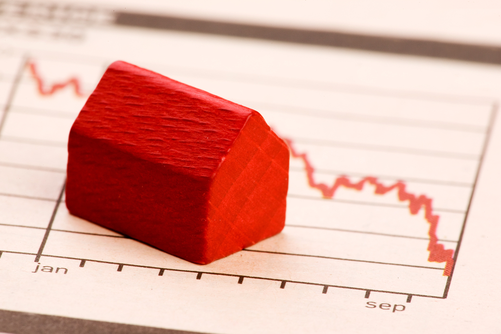 Freddie Mac: Mortgage rates hover just above 2017 lows