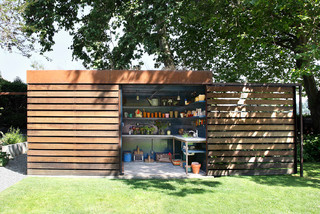 Pick Your Favorite: Sheds for Every Kind of Garden (14 photos)