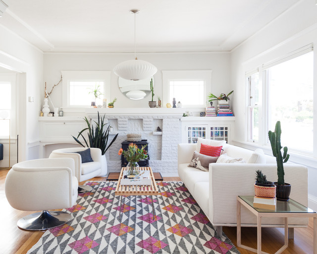White-and-Gray Paint Scheme Brightens a New Living Room Layout (9 photos)