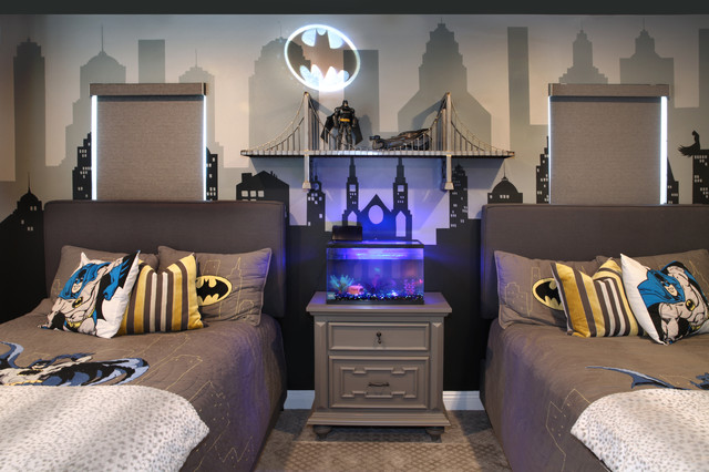 Before and After: Welcome to the Batcave (8 photos)
