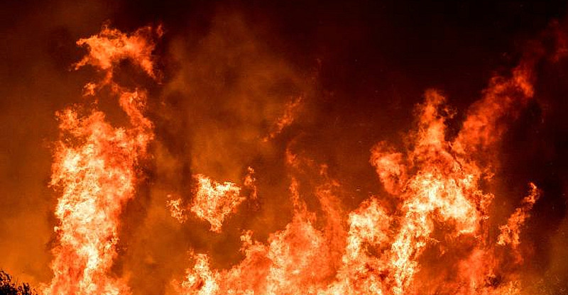 5 fires reported near 15/215 Interchange in Devore