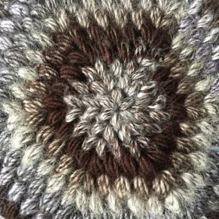Hexy Puff Purse - Details