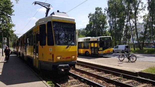Tatra KT4