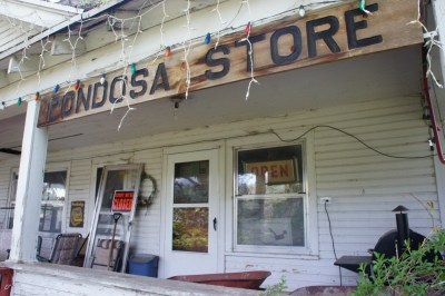 Pondosa store - travelling through a time machine