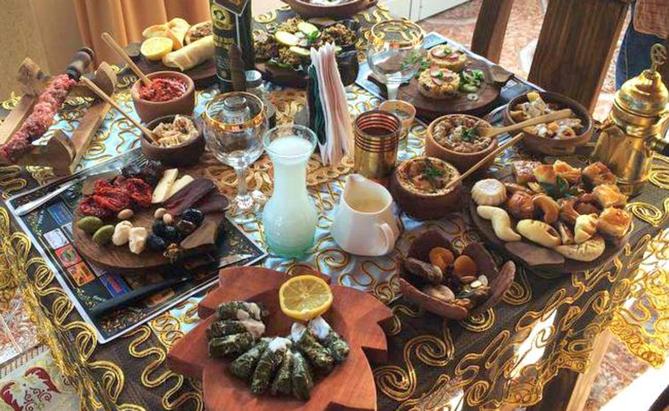 Kotayk: Mix de gastronomía árabe y armenia – INmendoza