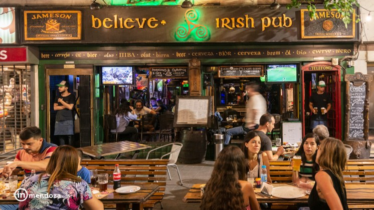 Irish Pub frente local- Inmendoza