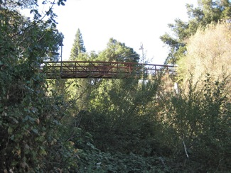 Willow Oaks bridge from Menlo Park to Palo Alto