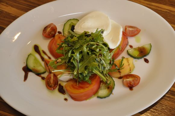 Peach and heirloom tomato salad at Cool Cafe in Menlo Park
