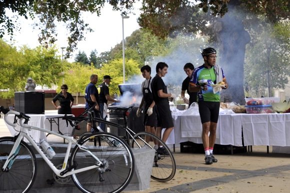post Tour BBQ_Tour de Menlo