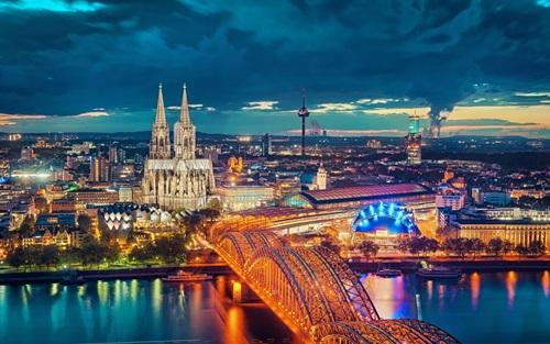 An Amusing Tour around Germany