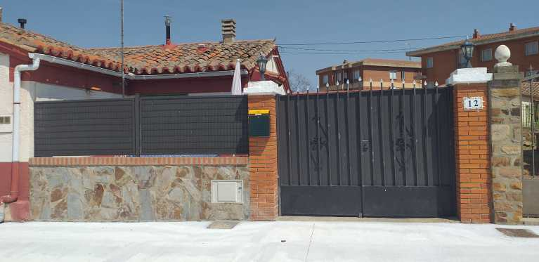 Casa en Morales de Toro.