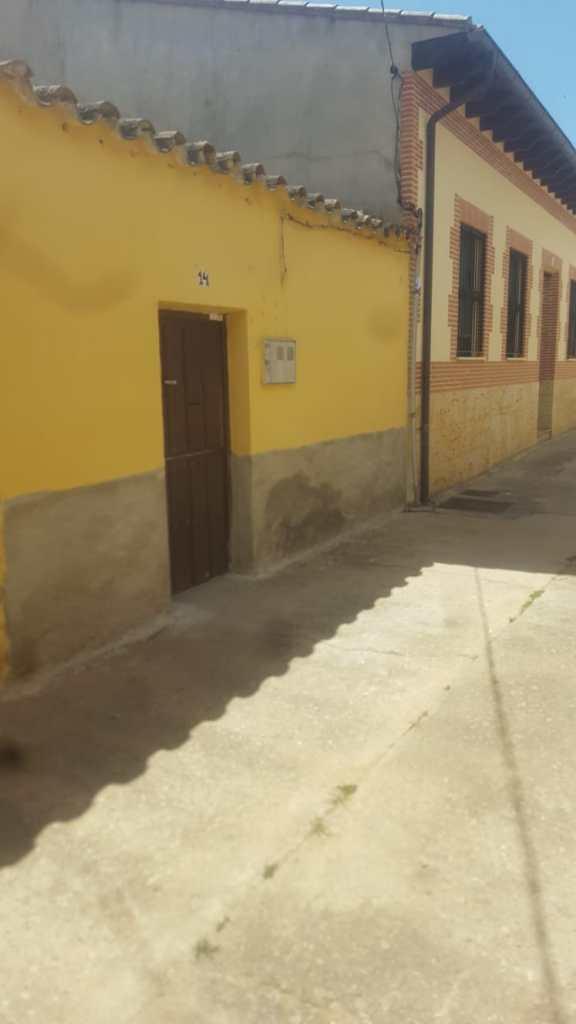 Casa Calle La Pina.