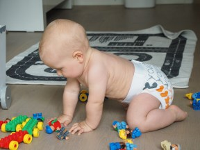 http://www.stoffywelt.de/product_info.php?info=p197_gdiapers-gpant-stoffwindel-gr--m--5-11-kg--sonderedition.html