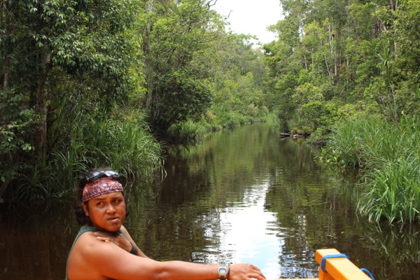 guide in kalimantan