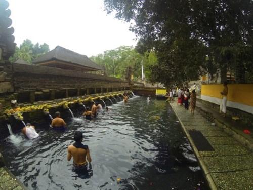 Tirta Empul Temple on bali tour 01