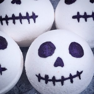 Skully's secret bath bombs