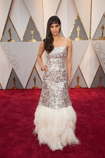 Sofia Boutella arrives on the red carpet of The 89th Oscars® at the Dolby® Theatre in Hollywood, CA on Sunday, February 26, 2017.