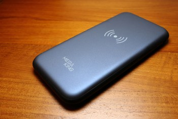 [開箱]MEGA KING 8000 iMix無線充電行動電源充電實測,擺脫線材束縛的行動電源是否也兼顧充電性能?