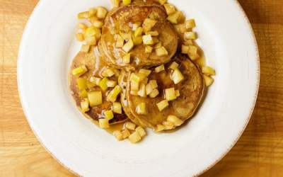 Gingerbread Pancakes with Pears* and Yogurt