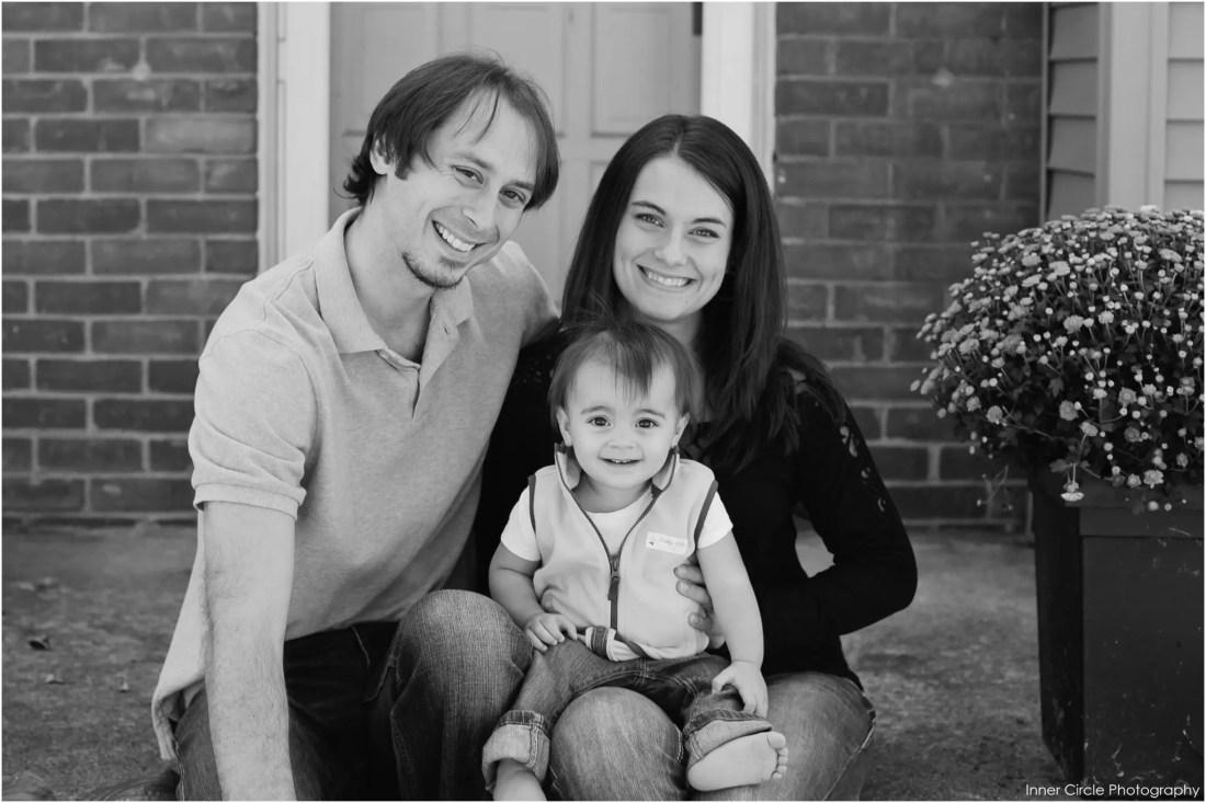 johnstonfamilySESS058 Justin+Katelyn+Juliet {At Home Session}