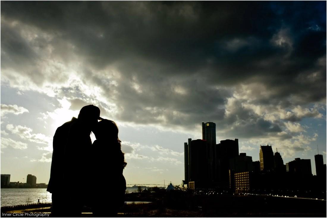 chrislauren_ENG_InnerCirclePhoto_032 Chris+Lauren :: ENGAGED! Detroit Winter Session