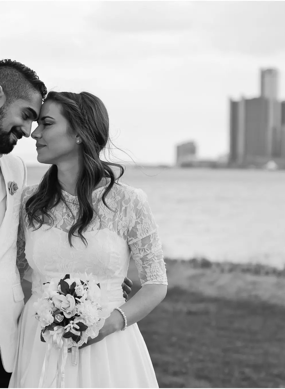 Kaitlyn + Abe = MARRIED! St. Clair Shores Wedding
