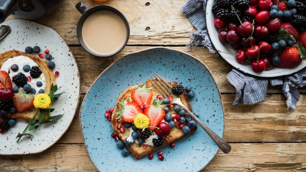 Simple Tips To Follow To Have A Nutritious Breakfast Food & Recipies