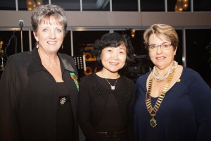 Dr Sylvie Shen with PP Kay Morland & President Marilyn Armstrong