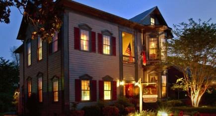 The Aerie Inn ~ New Bern, NC