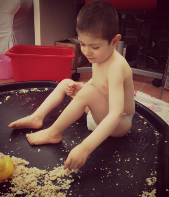 grayson messy play