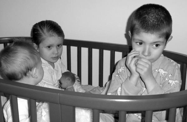 Siblings April (2)