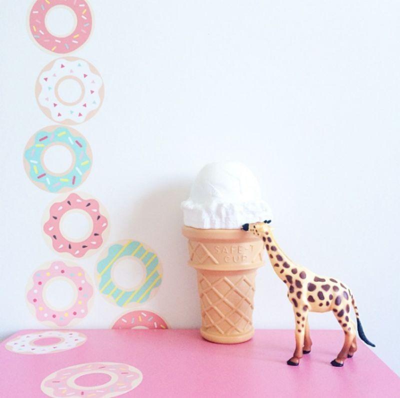 Donuts Wallstickers – Jimmy Cricket