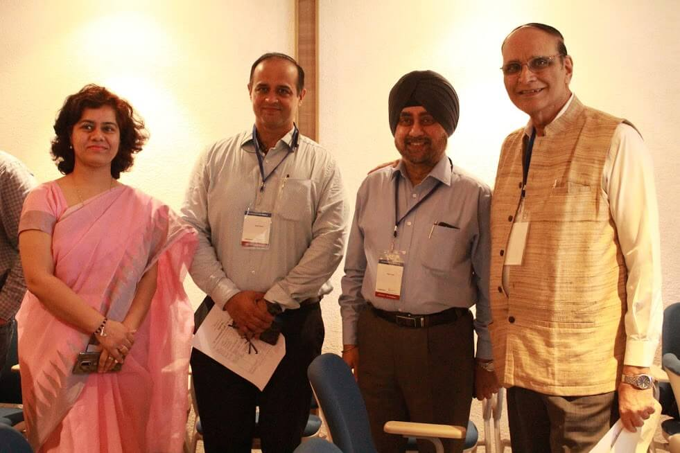 Dr. Deepika Sharma, Mr. Rohit Sekhri, Major Gen. Dr. Jagtar Singh and Dr. VK Singh introducing each other at IC InnovatorCLUB eleventh meeting 1