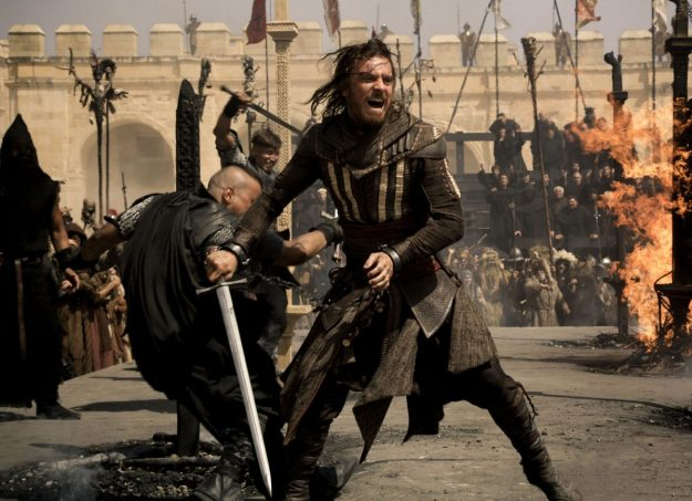 DF-01952_R3_CROP – Through a revolutionary technology that unlocks his genetic memories, Callum Lynch (Michael Fassbender) experiences the adventures of his ancestor, Aguilar, in 15th Century Spain. Photo Credit: Kerry Brown.