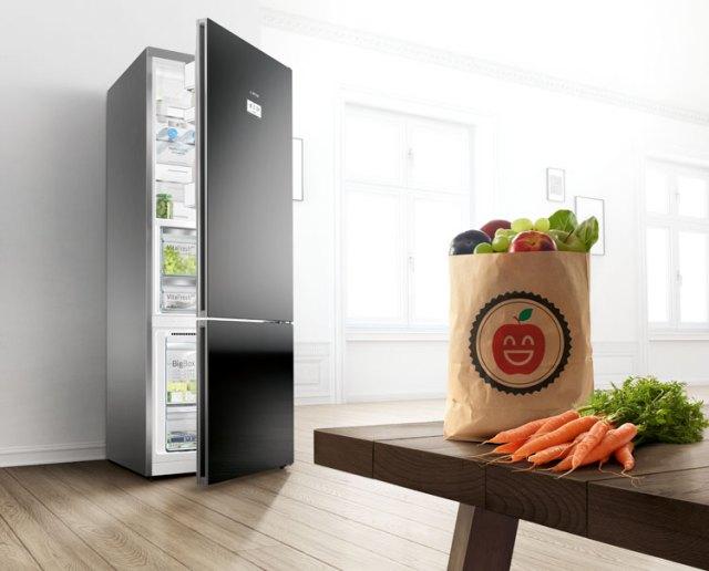 Orta boy aile buzdolabı