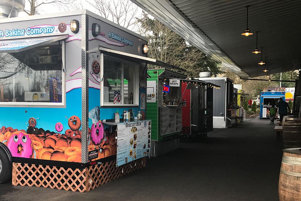 Food carts and food trucks