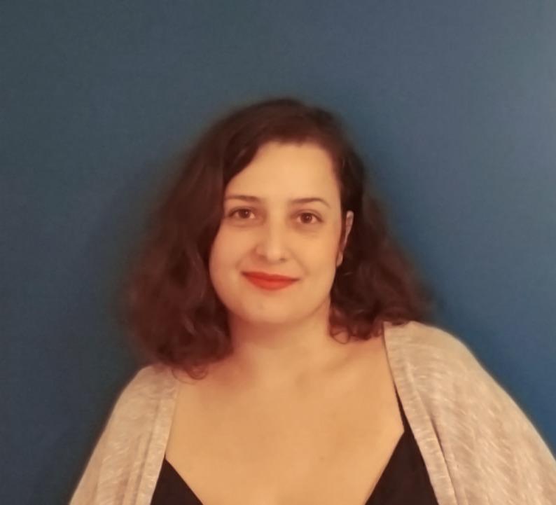 Portrait Neila Romdane UX designer