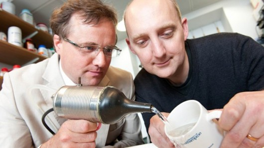 Ultrasonic nozzle promises better cleaning with less water
